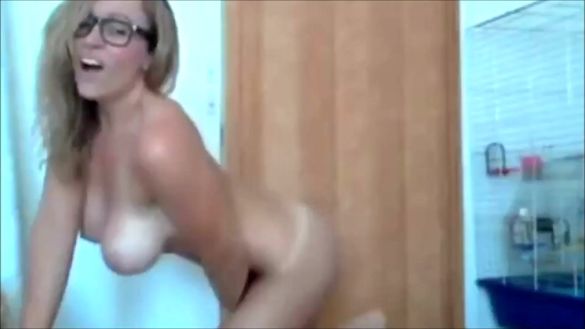 Homemade Big Boobs Orgasm