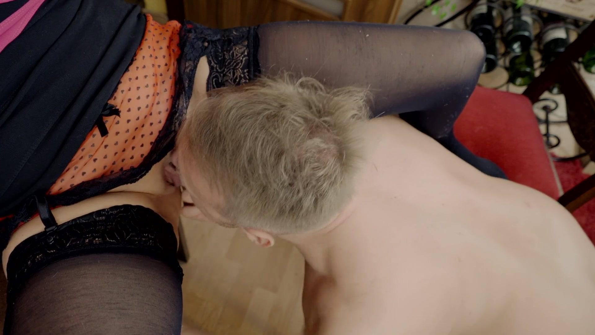 Girl Girl Eating Pussy Orgasm