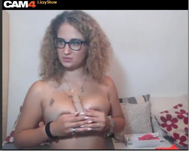 lizzyshow tits dildo