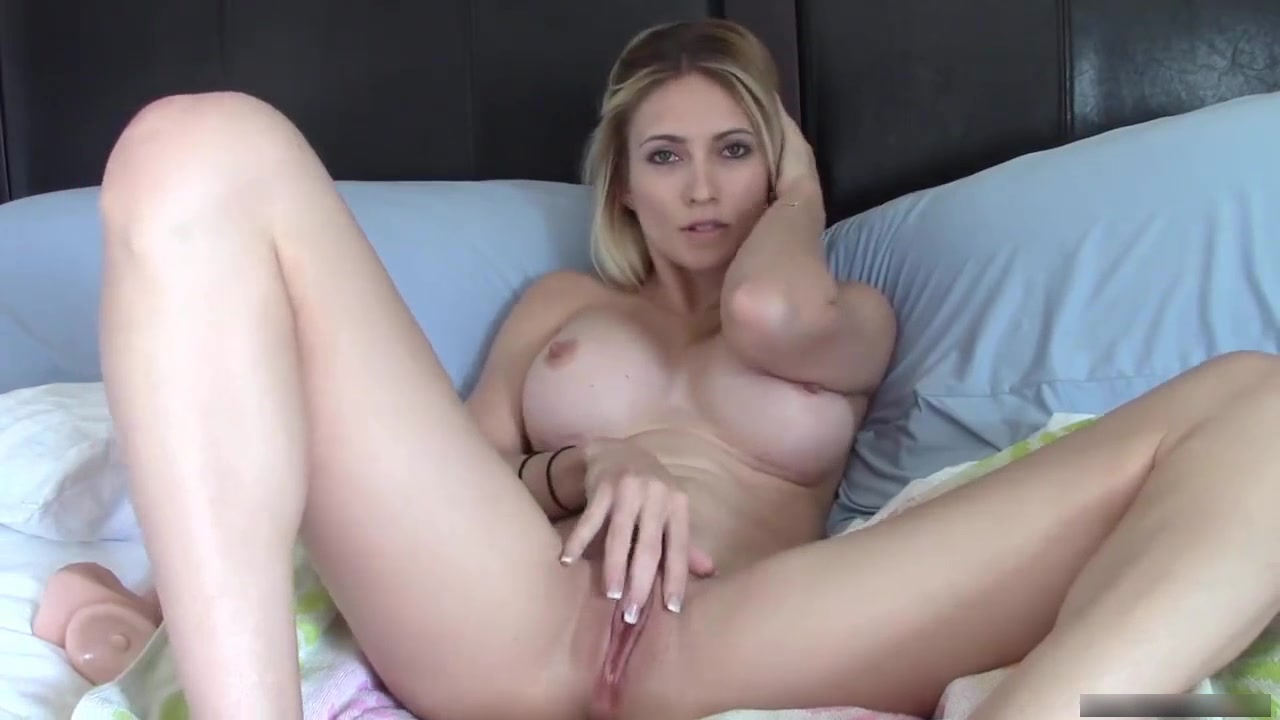 haleyryder - big dildo with squirt - premium video - camvideos.tv
