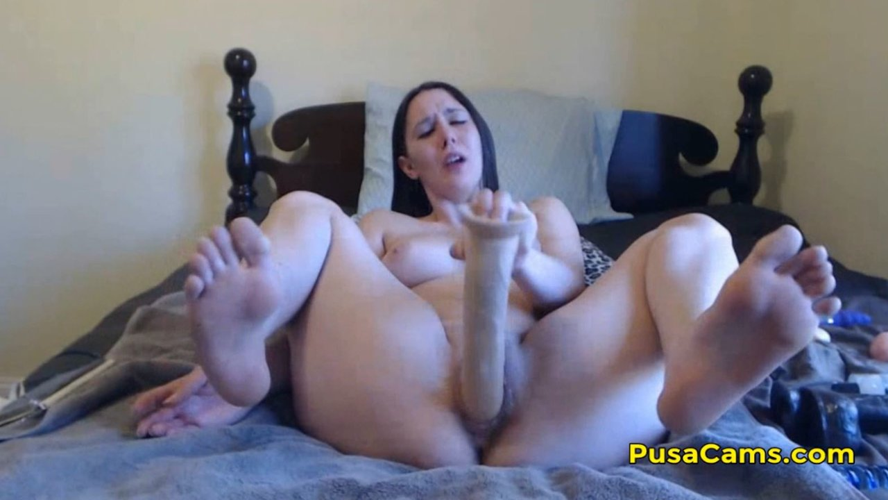 Teen Masturbating Dildo Hd