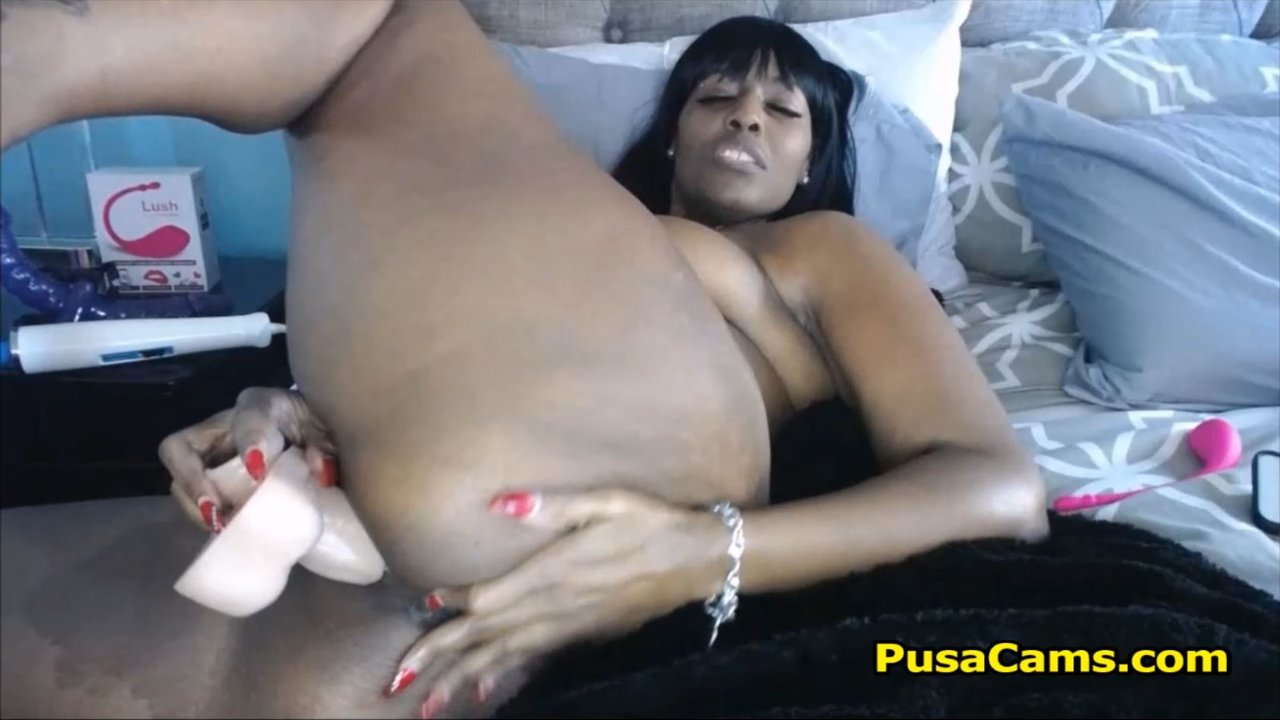 beautiful big black woman with hairy pussy is needy - camvideos.tv