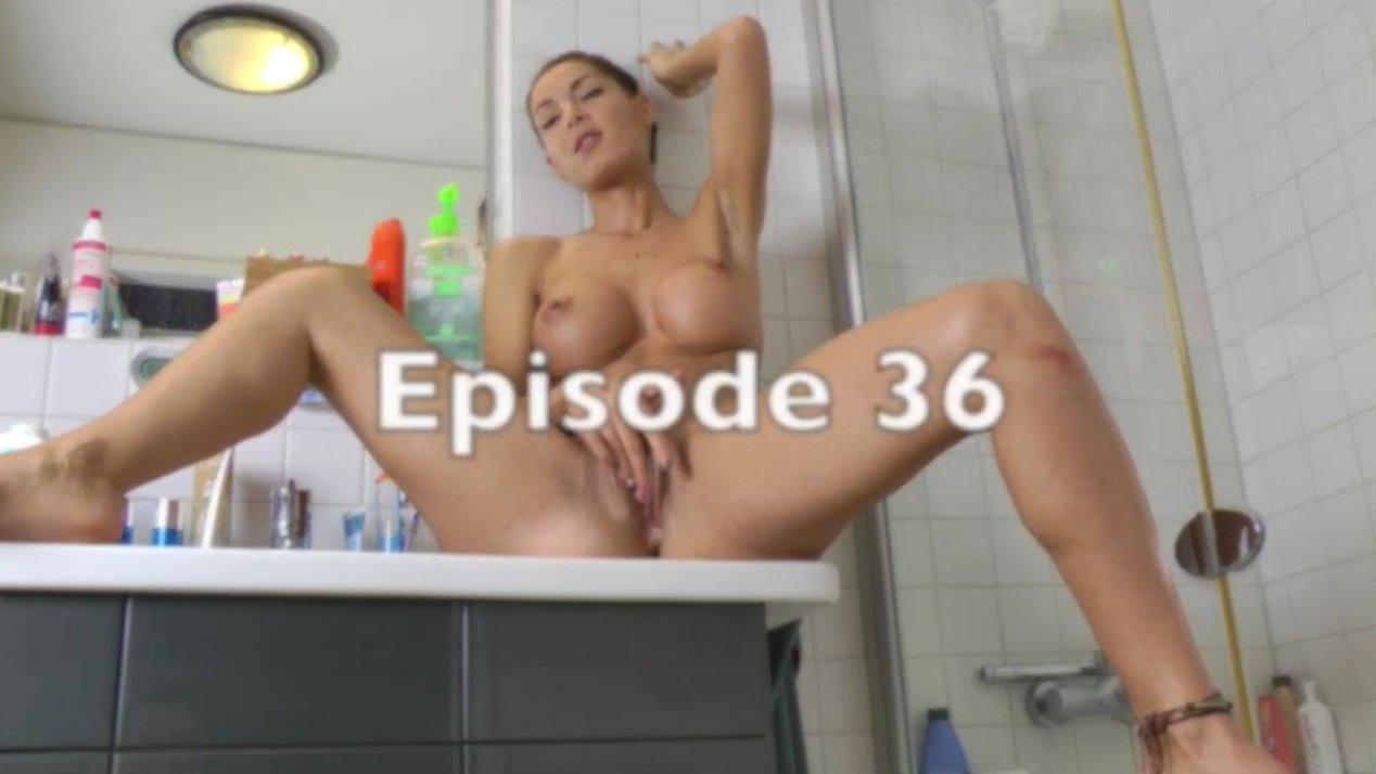 Sucking Dick The Bathroom