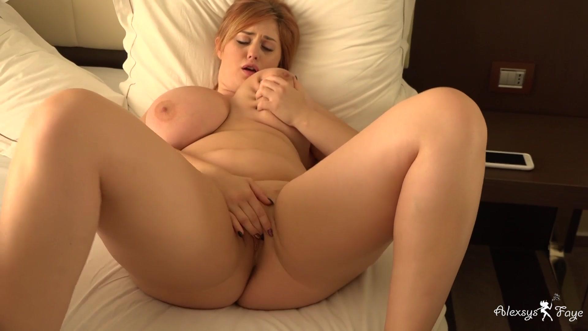 Faye nude alexsis Alexsis Faye