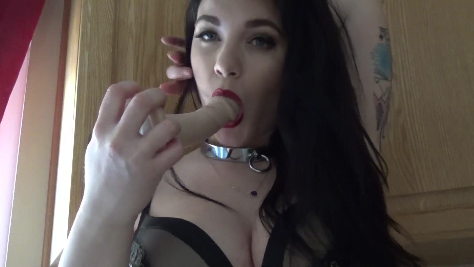 emilylynne countertop premium video - camvideos.tv