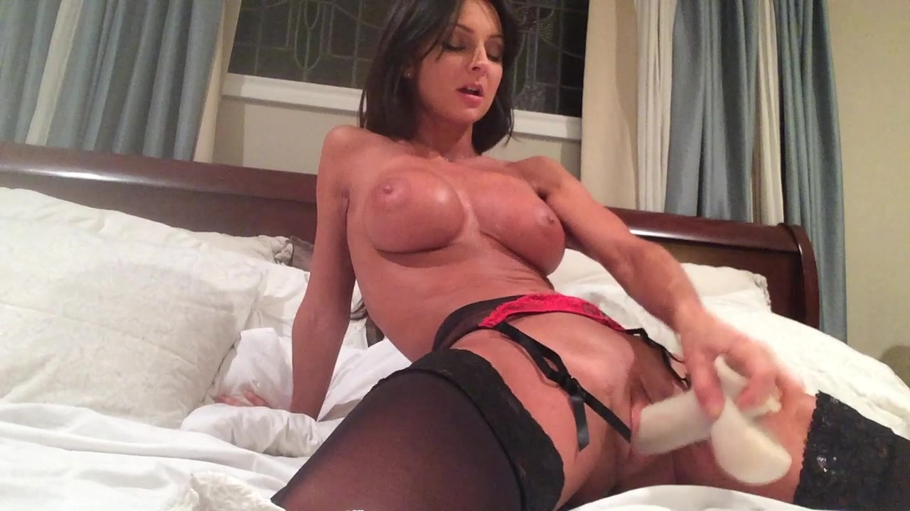 Solo Female Masturbation Curvy