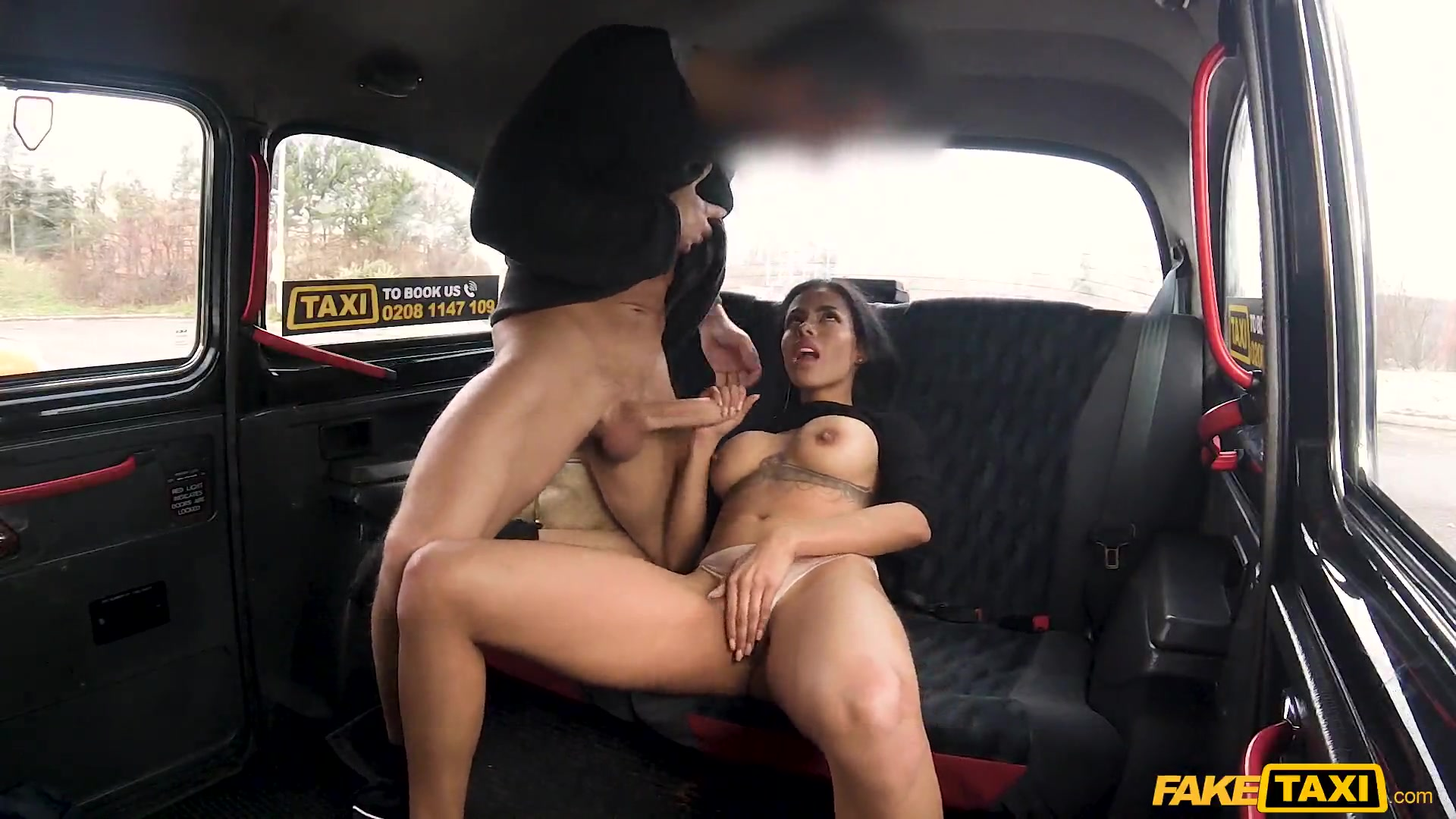 Latina Gets Fucked Behind