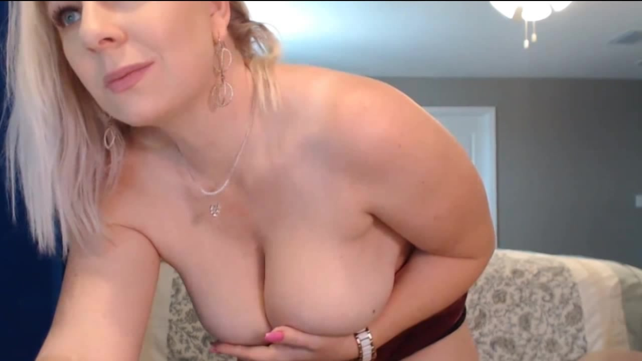 Amateur Milf Solo Webcam