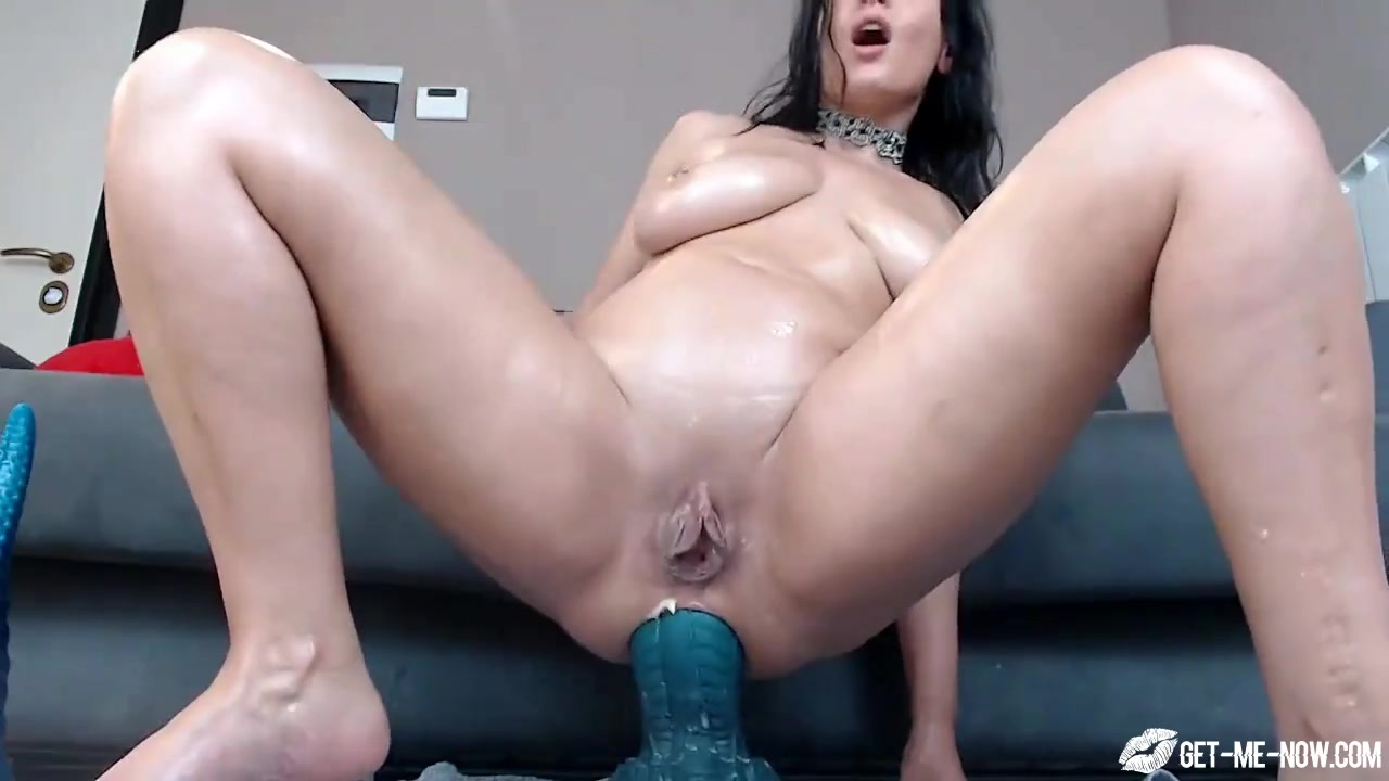 Ebony Big Ass Anal Dildo