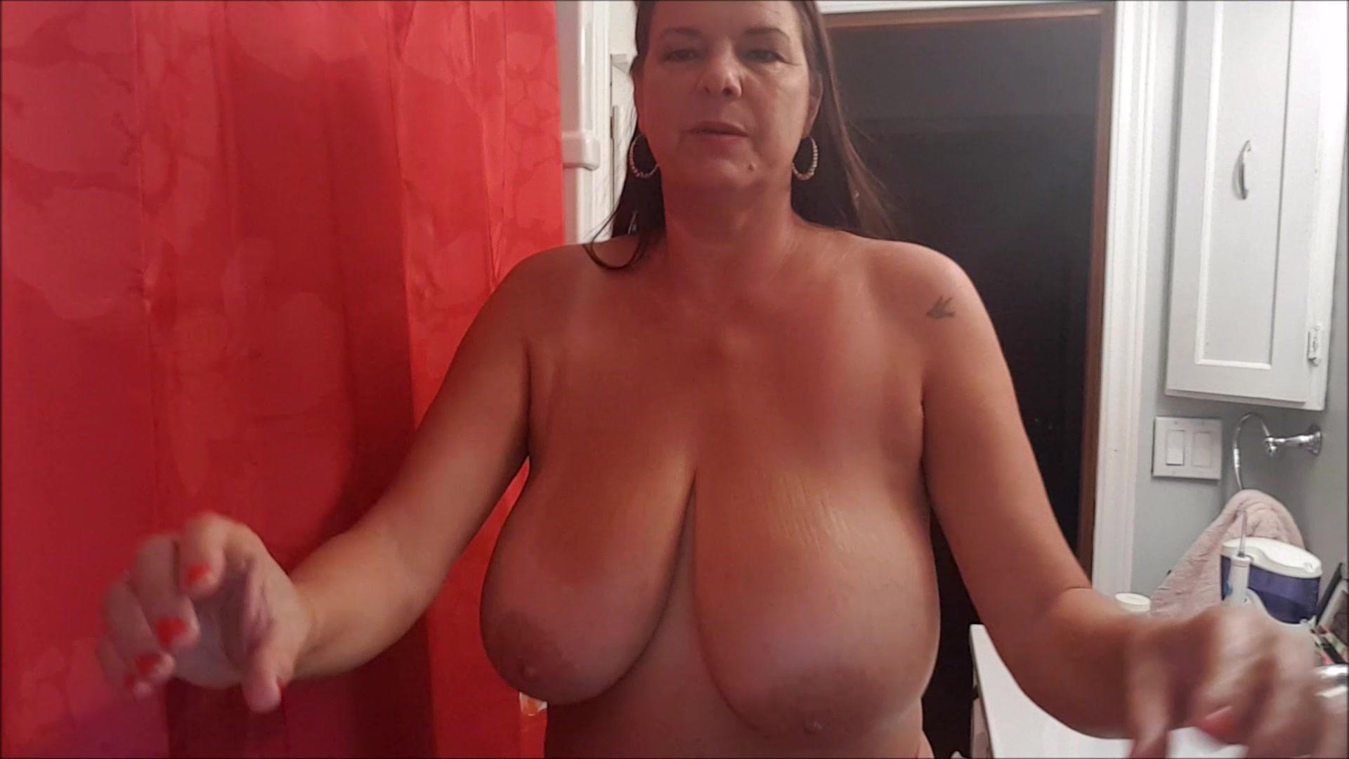 Carrie Moon Videos